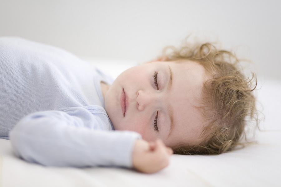 Naučite dete da samo zaspi i prospava celu noć