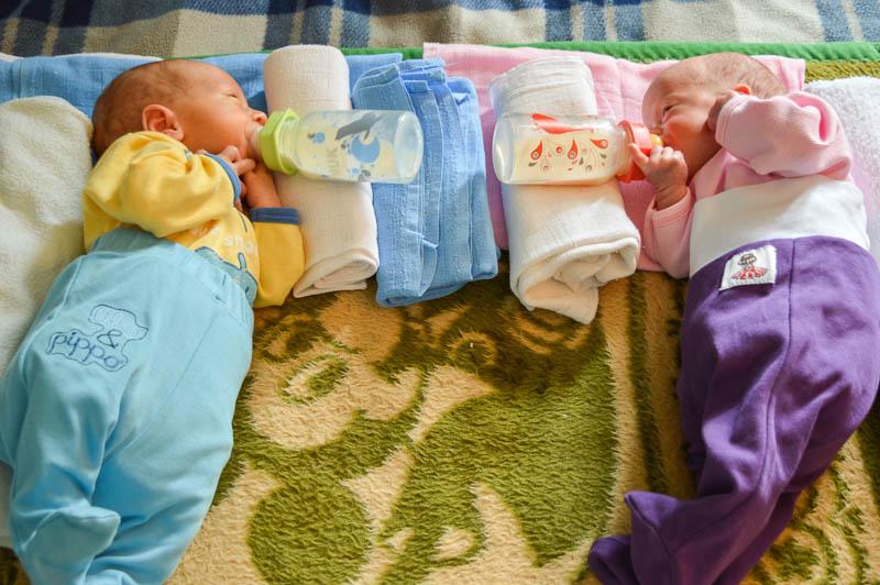 hranjenje blizanaca